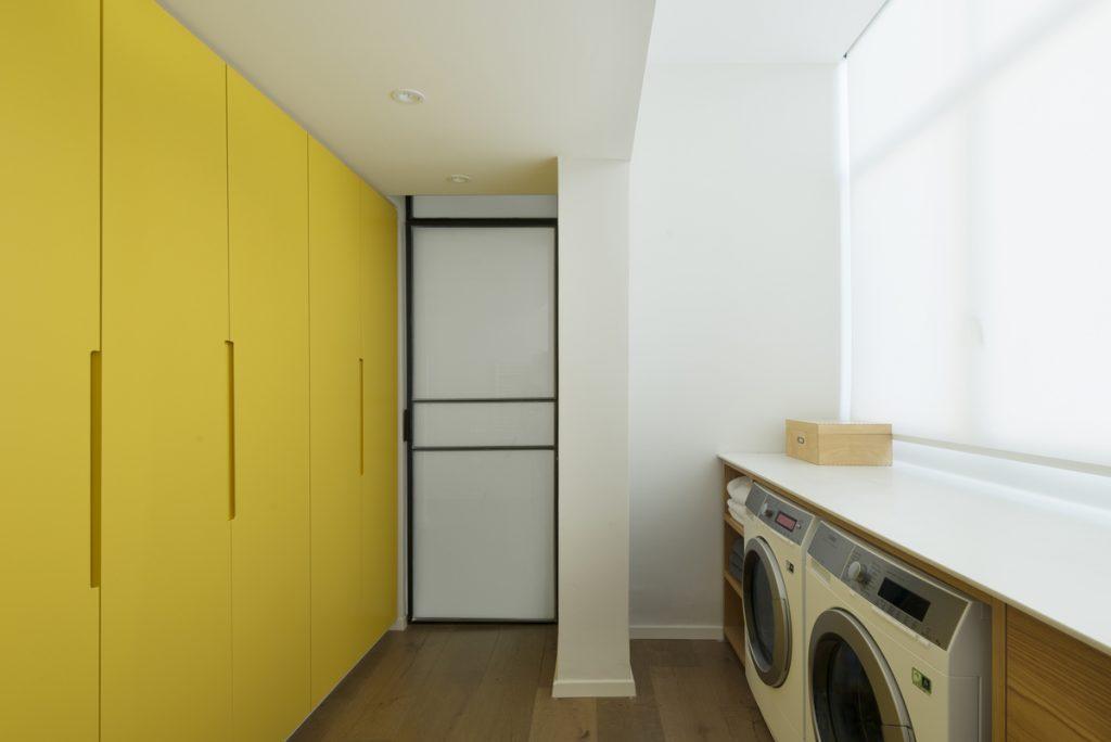17041 service area 1024x684 59m² Apartment in Central Tel Aviv by XS Studio