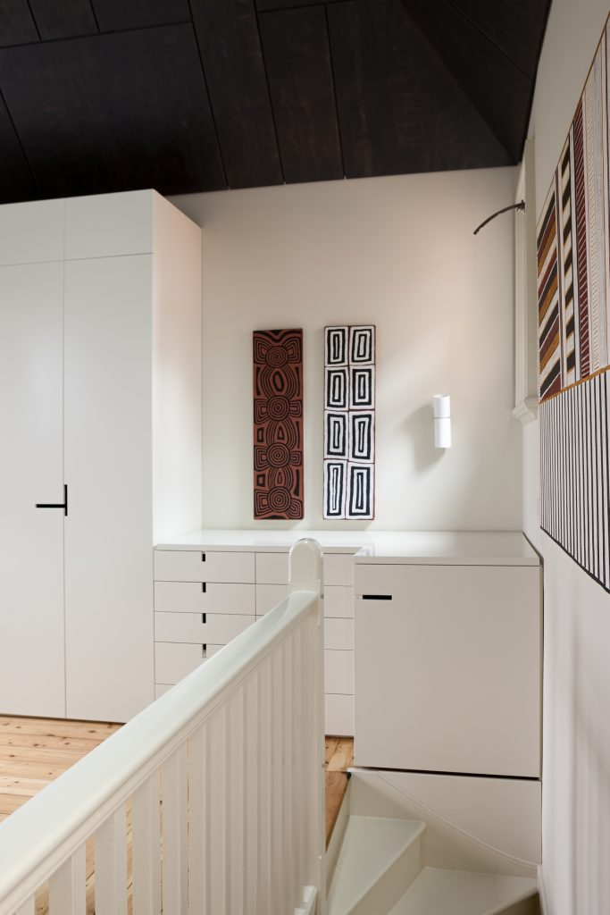 30760 bedroomstair 683x1024 Queen Bess House by ZGA Studio