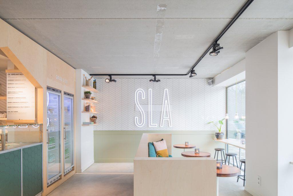 woutervandersar 18.022800 06 1024x685 SLA Amstelveenseweg – a Salad Bar by Standard Studio