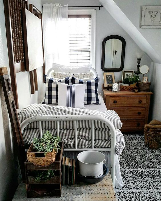 tiny guestroom Tiny Room Ideas: Discover These 5 Ways How To Improve The Small Space