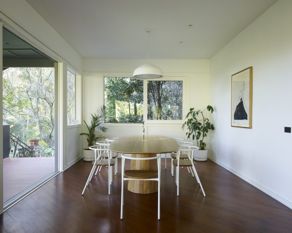 dining room 2 1024x819 1920s Melbourne Home Renovation By Drawing Room Architecture