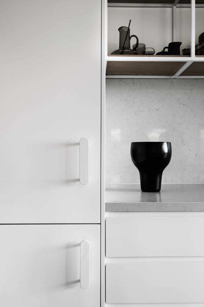 joinery detail 683x1024 Northcote House Renovation By Winwood Mckenzie Architecture