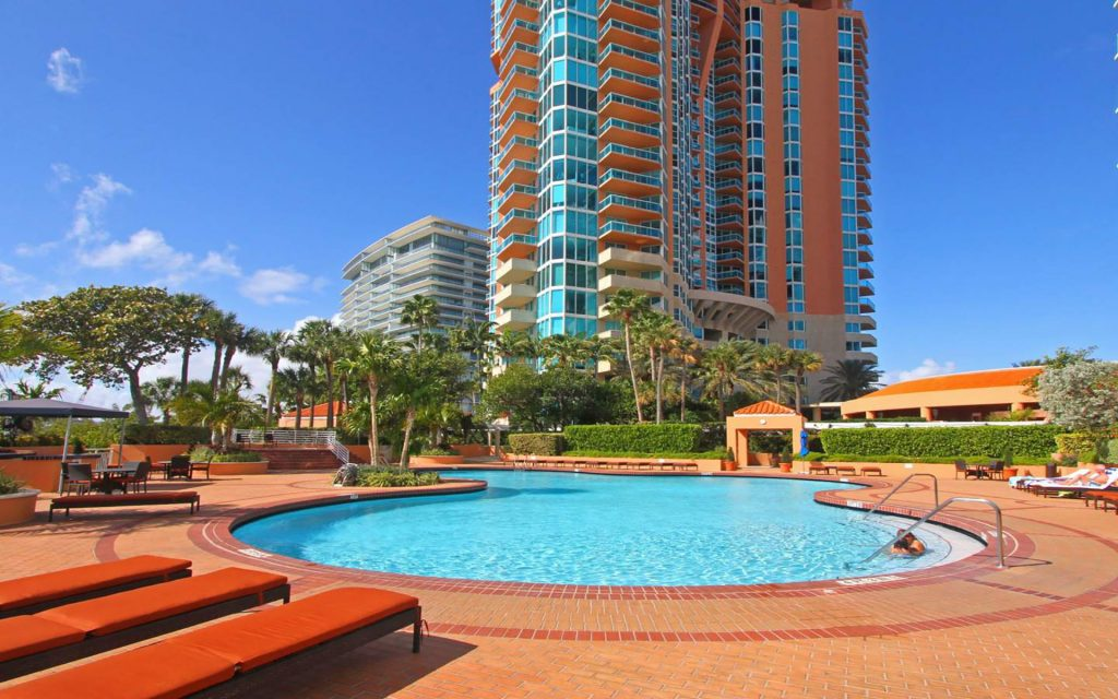 south pointe 1024x640 5 Luxurious Properties you'll find in Miami