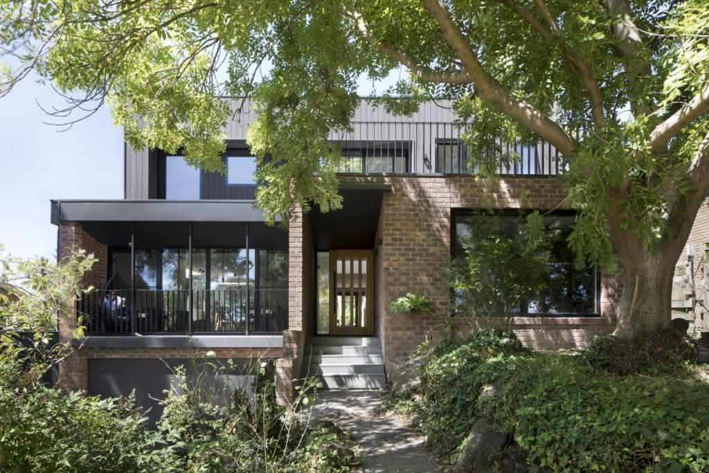 25 1024x683 A Complete Renovation Of A 1970s Double Brick Family Home