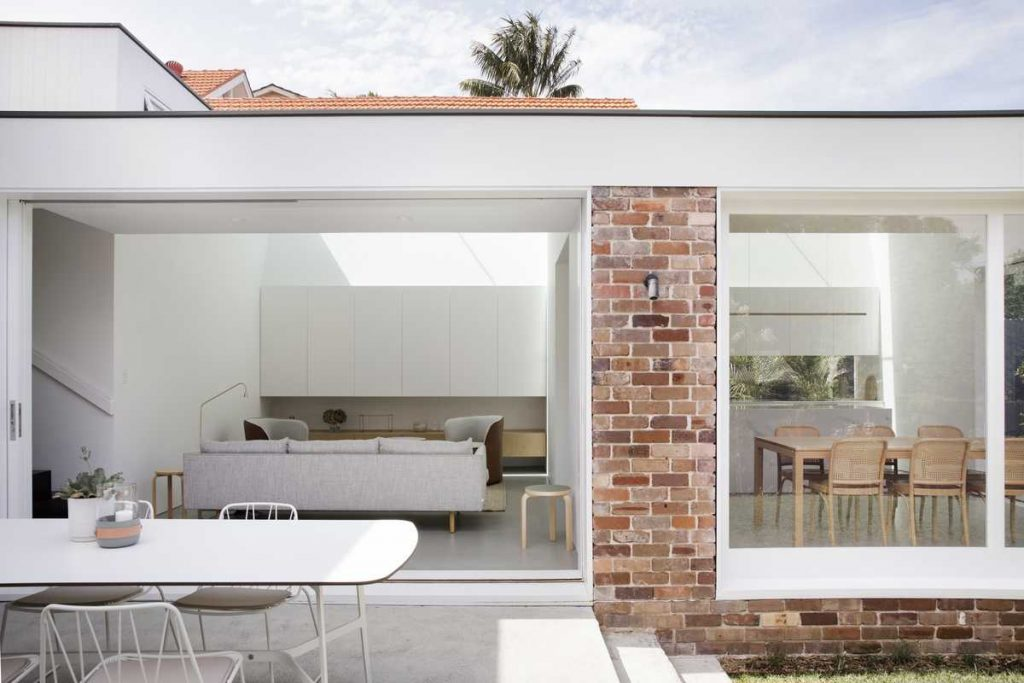 %name Recycled brick extension to a 1920s cottage by Studio Prineas