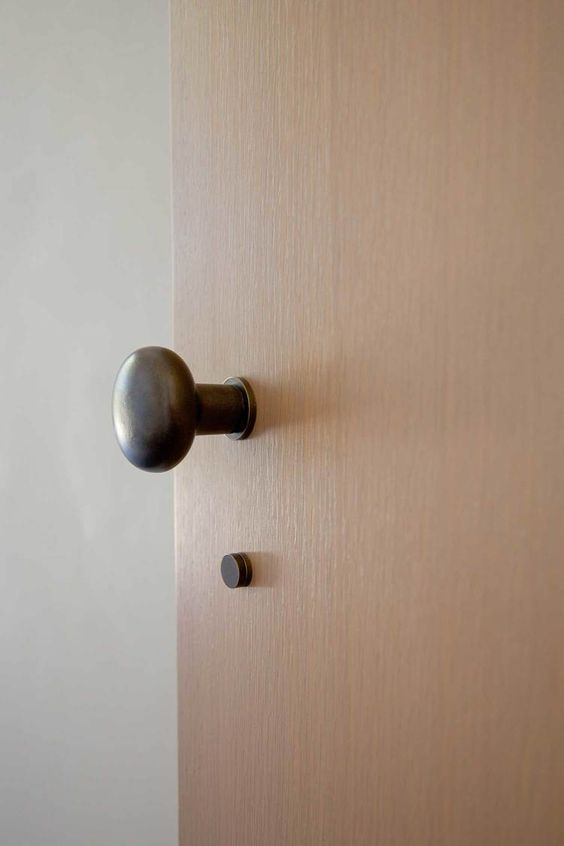 minimal door knob 8 Low Cost Ideas for Creating a Unique Home Interior