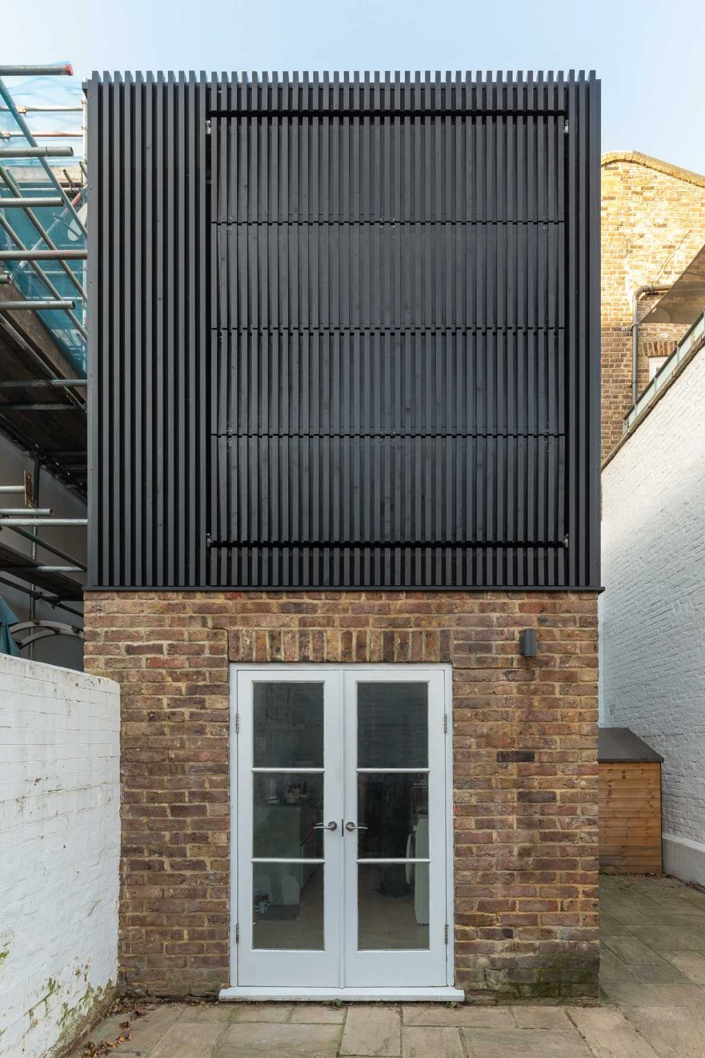 Black Box – a small extension to a mid terrace Victorian-era house
