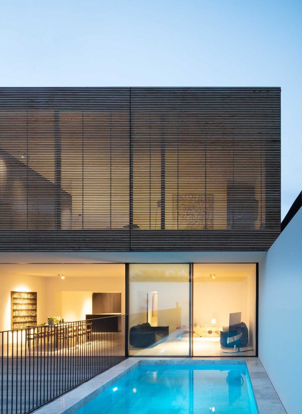 Extension to an existing house by Modscape
