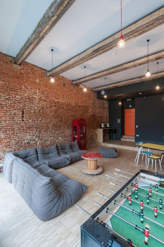 games room Create an Amazing Games Room With These 3 Essentials