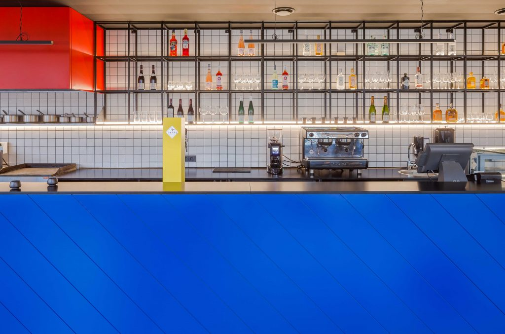 aiai architects norbert tukaj 10 1024x677 Bauhaus and Piet Mondrian inspired restaurant interior in Vilnius