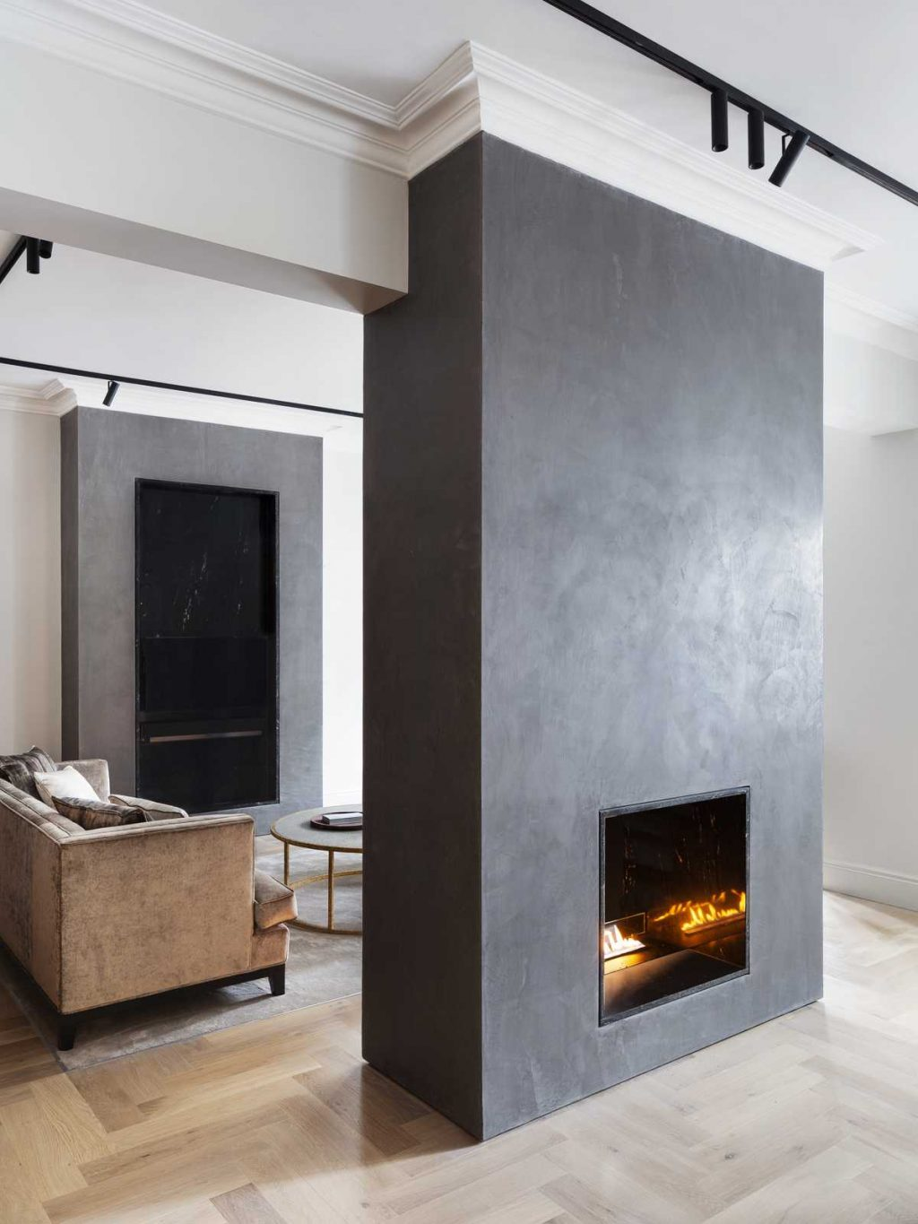 A Renovation Of a Flat in Edwardian mansion block by Syte Architects