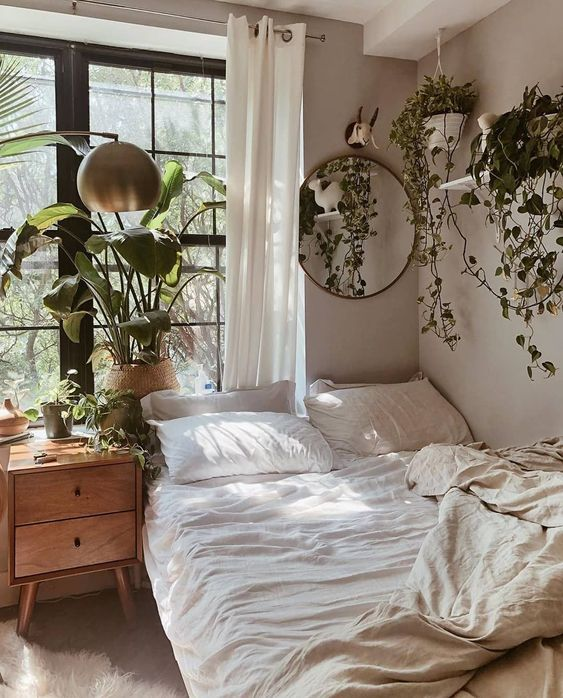 aesthetic bedroom with lots of plants 50+ Aesthetic Bedrooms And 9 Tips On How To Decorate Yours