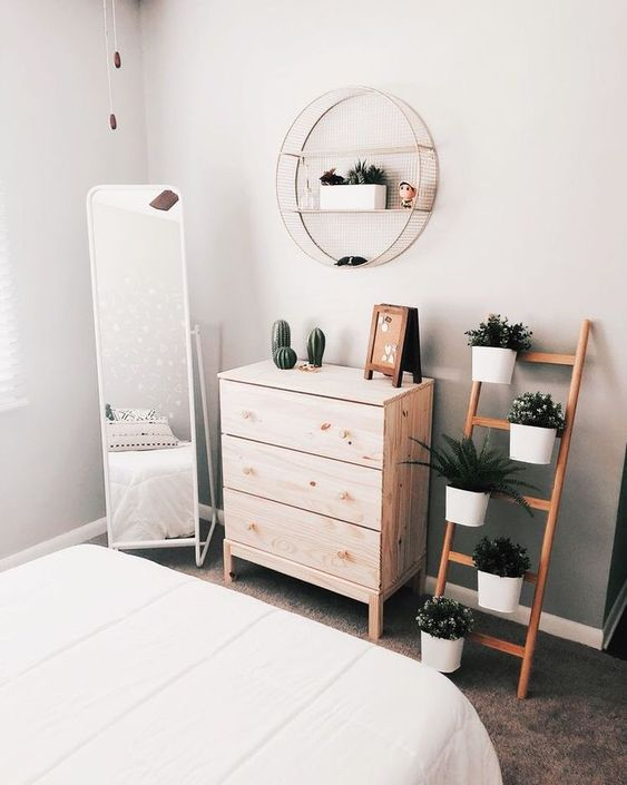 mirror 50+ Aesthetic Bedrooms And 9 Tips On How To Decorate Yours