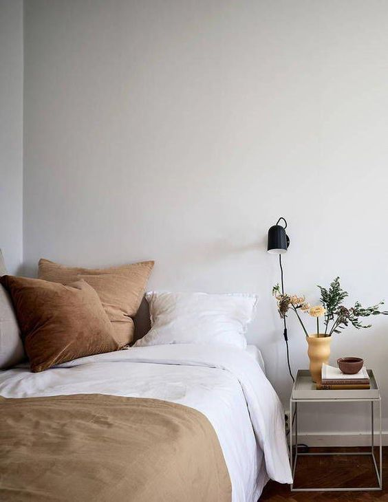 warm colors 50+ Aesthetic Bedrooms And 9 Tips On How To Decorate Yours