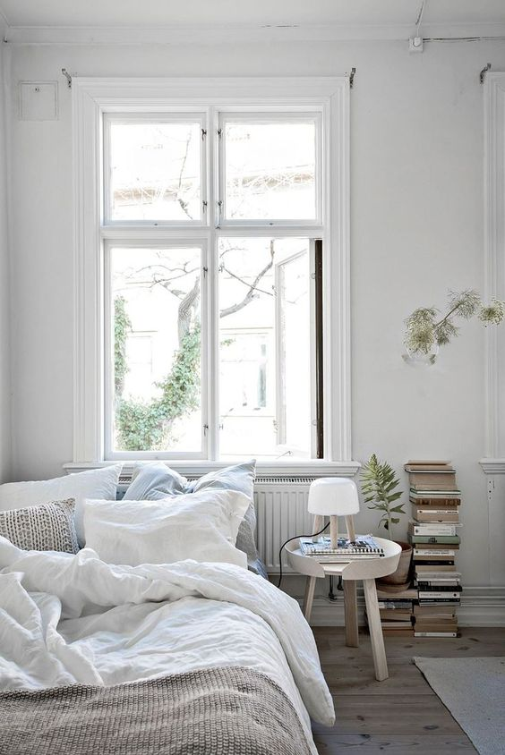 white and bright bedroom 50+ Aesthetic Bedrooms And 9 Tips On How To Decorate Yours