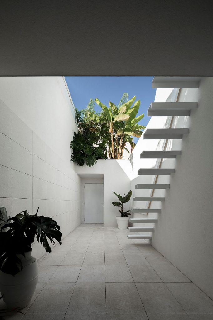 20190930 arquitecto paulo martins casa beira mar aveiro 019 min 683x1024 Beira Mar House by Paulo Martins