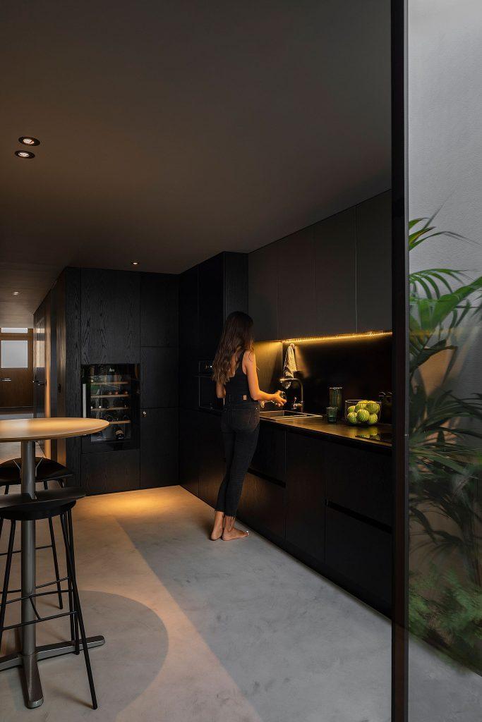 20190930 arquitecto paulo martins casa beira mar aveiro 027 min 683x1024 Beira Mar House by Paulo Martins
