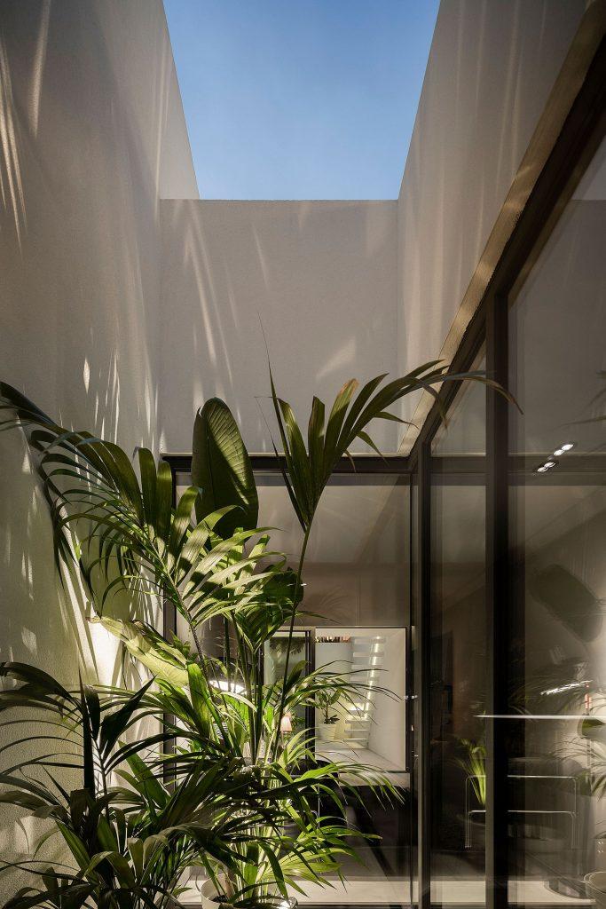 20190930 arquitecto paulo martins casa beira mar aveiro 054 min 683x1024 Beira Mar House by Paulo Martins
