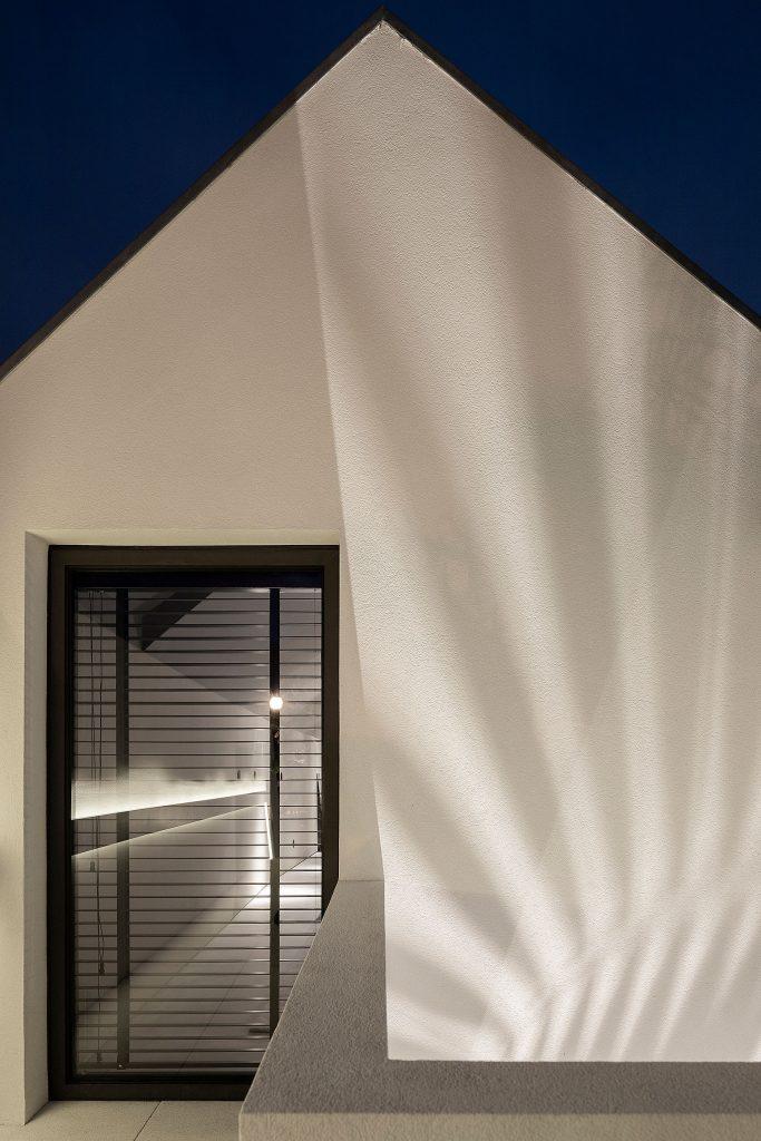 20190930 arquitecto paulo martins casa beira mar aveiro 062 min 683x1024 Beira Mar House by Paulo Martins