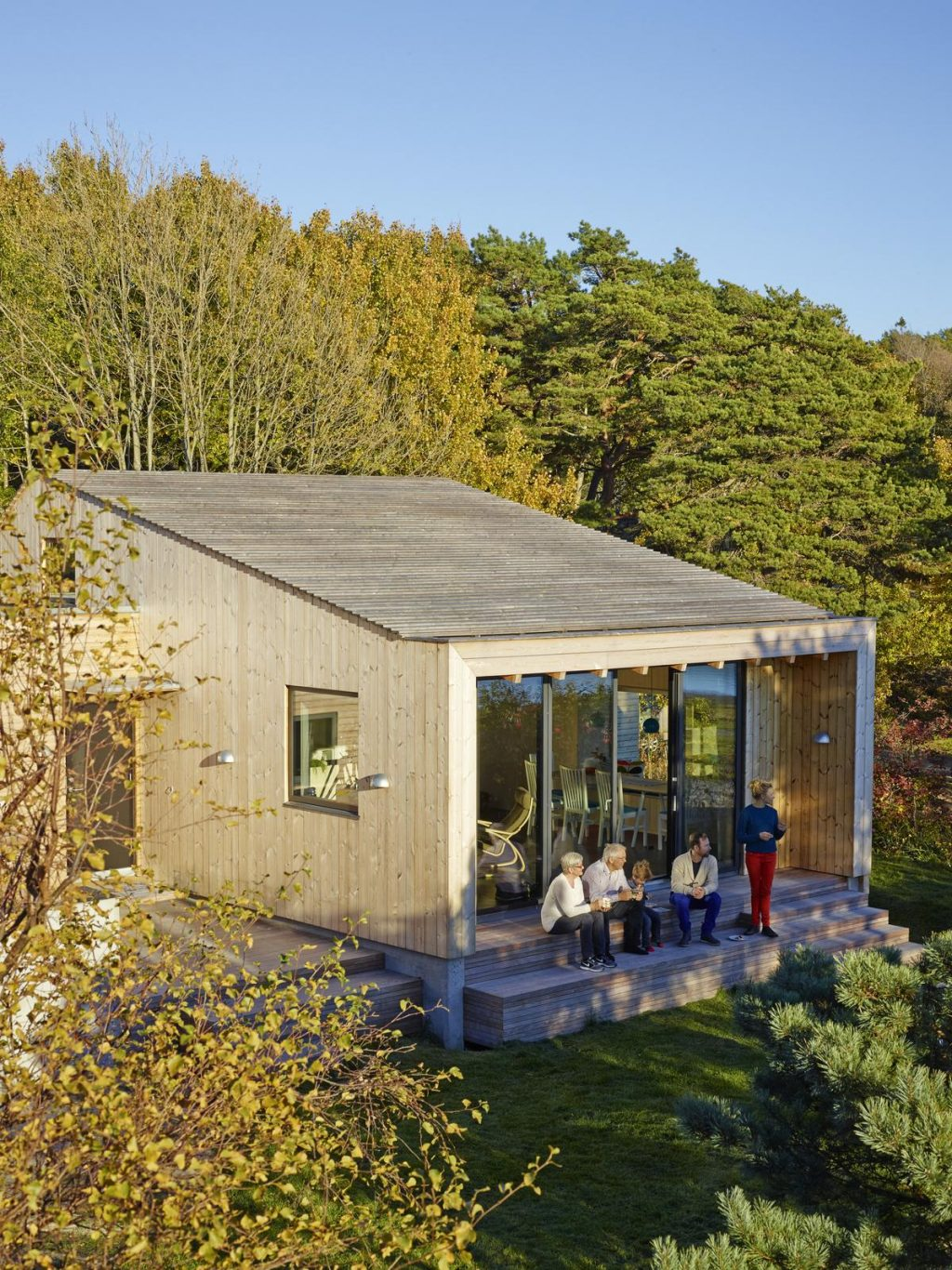 Small cabin on the Oslo fjord by Collective Works