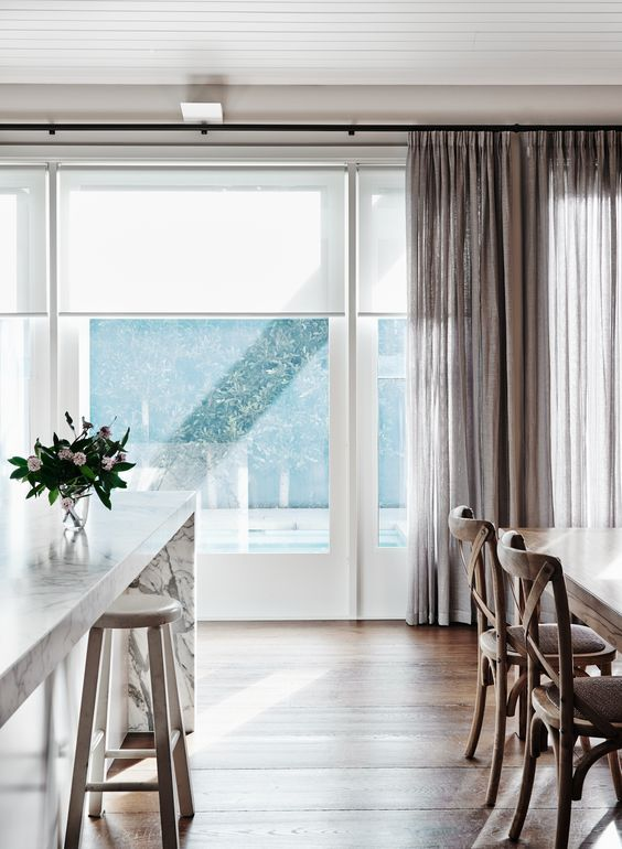 Made to measure roller blinds: how to measure and install?
