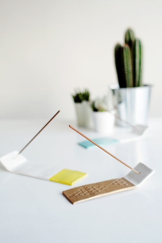 simple and colorful Incense holder: 50+ Best Holders You Can Get Right Now