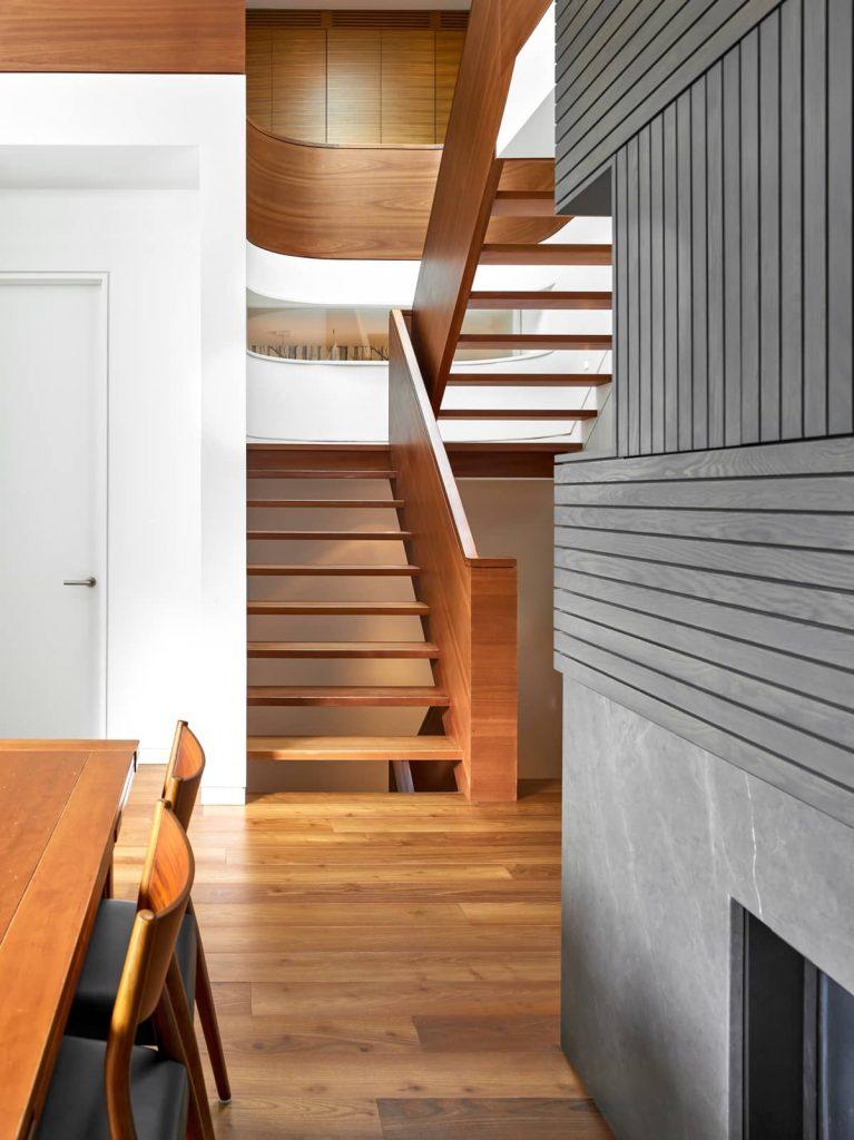 central staircase 767x1024 Garden Circle House by Dubbeldam Architecture + Design