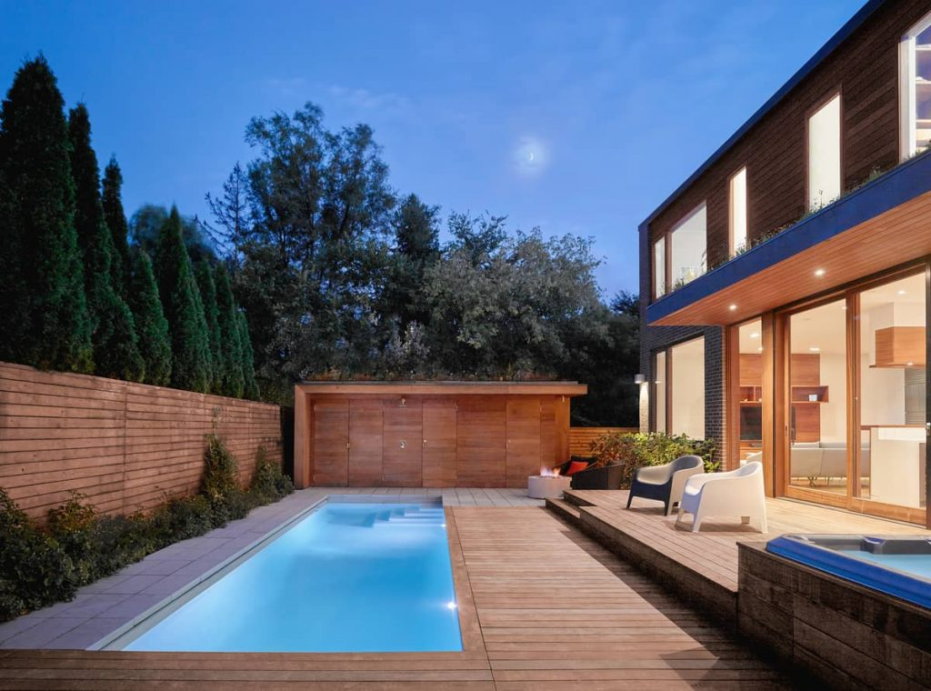 pool in the backyard 1024x760 Garden Circle House by Dubbeldam Architecture + Design