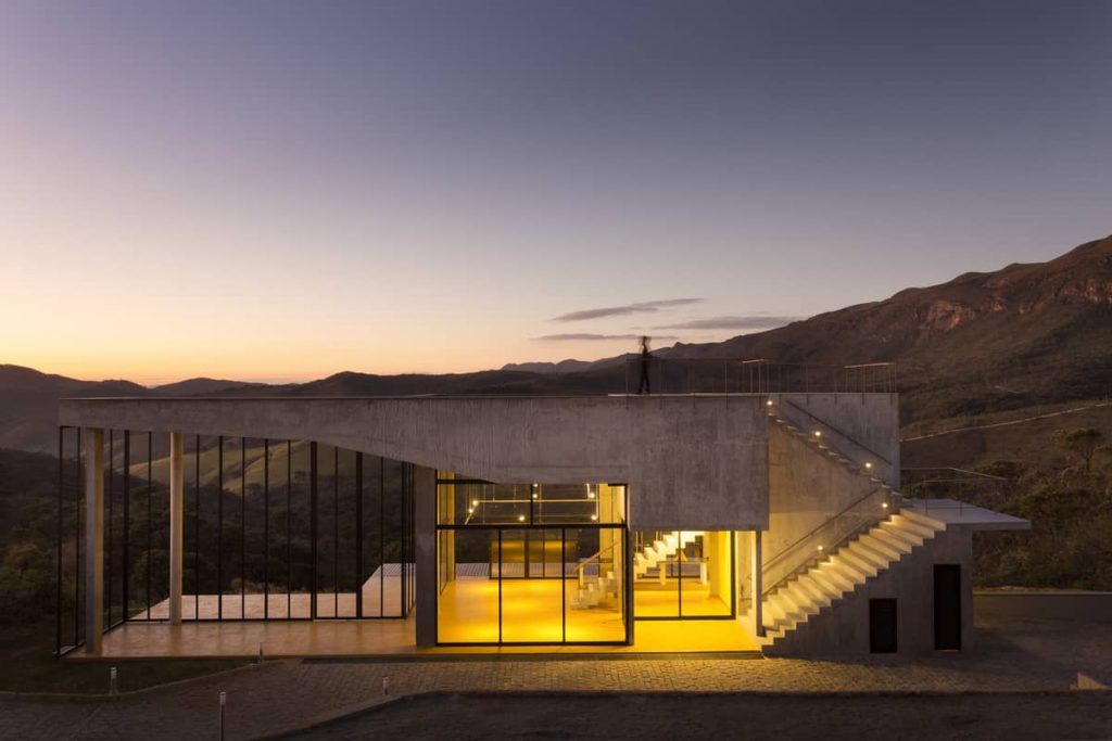 south facade in twilight 1024x683 A Modern Concrete House In Brazil With Stunning Views Of The Sierra da Moeda