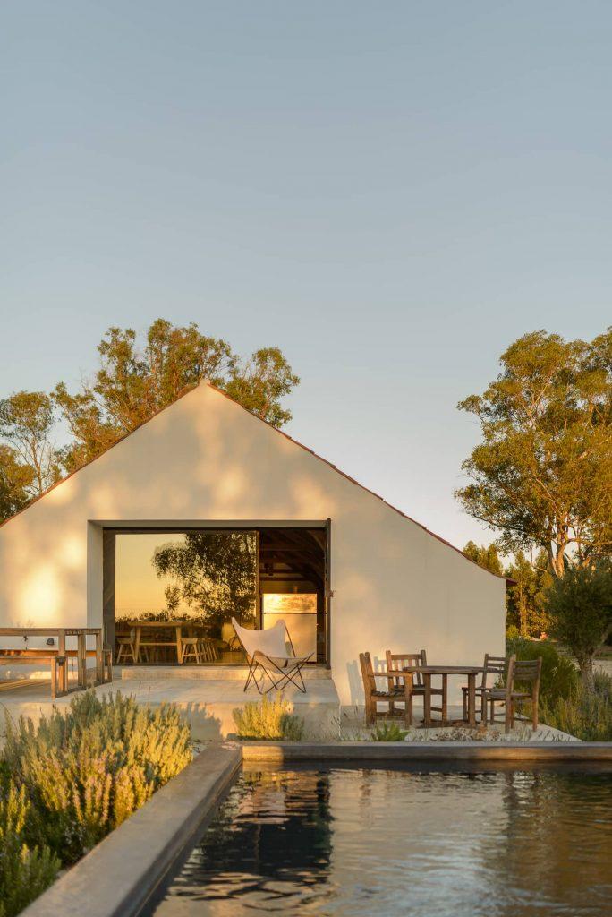 backyard terrace 684x1024 Enter Arquitectura Converts an Old Warehouse Into a Family Home