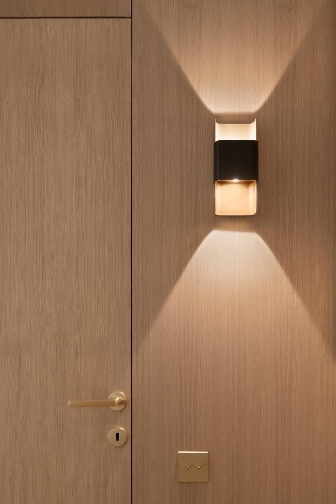 bespoke joinery 683x1024 A Two Bedroom Flat Was Reconfigured Into a Modern Apartment