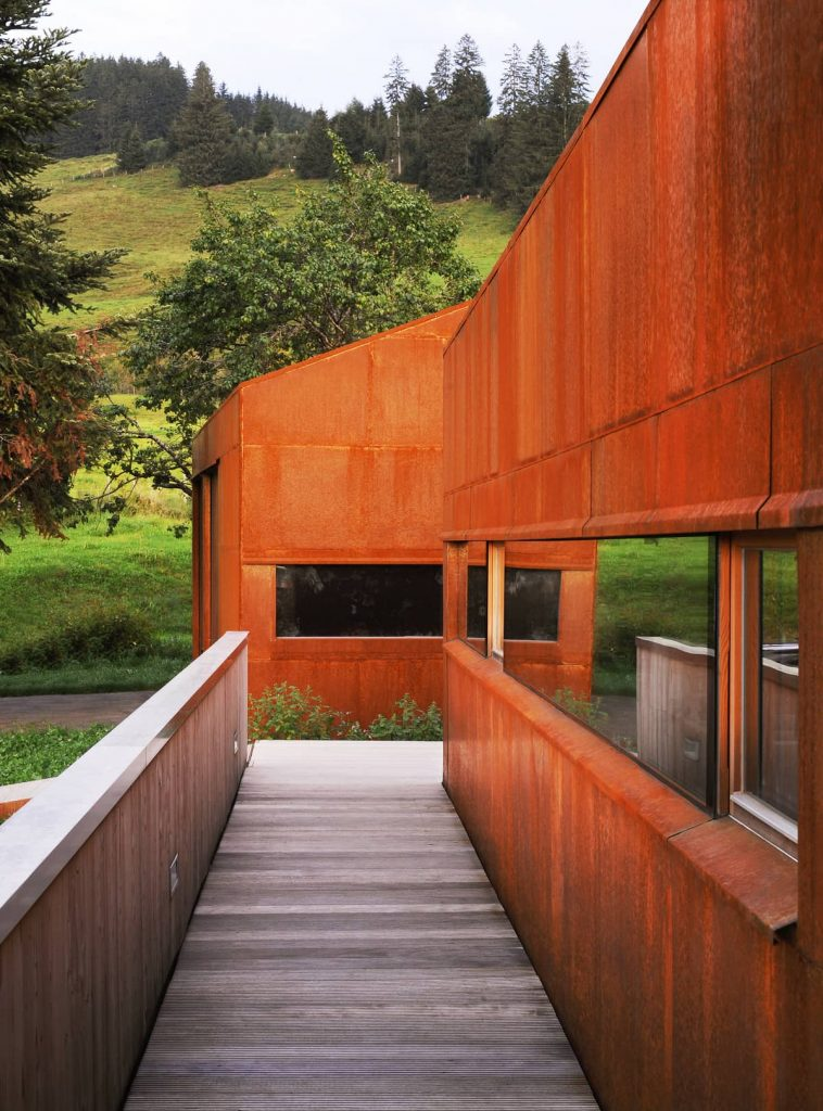 corten steel facade 758x1024 A Summer Residence in the Midst of Green Clover Meadows