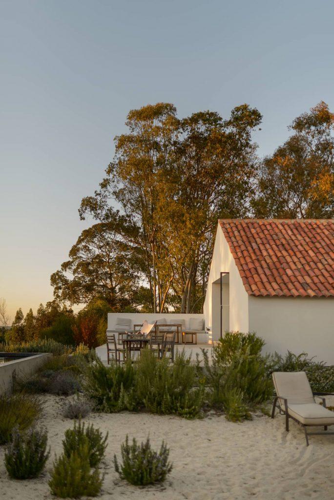 house in herdade da ferraria 684x1024 Enter Arquitectura Converts an Old Warehouse Into a Family Home
