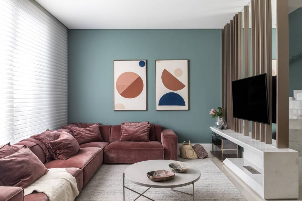 rose and coral living room 1024x683 Colorful Apartment Interior by TN Architecture
