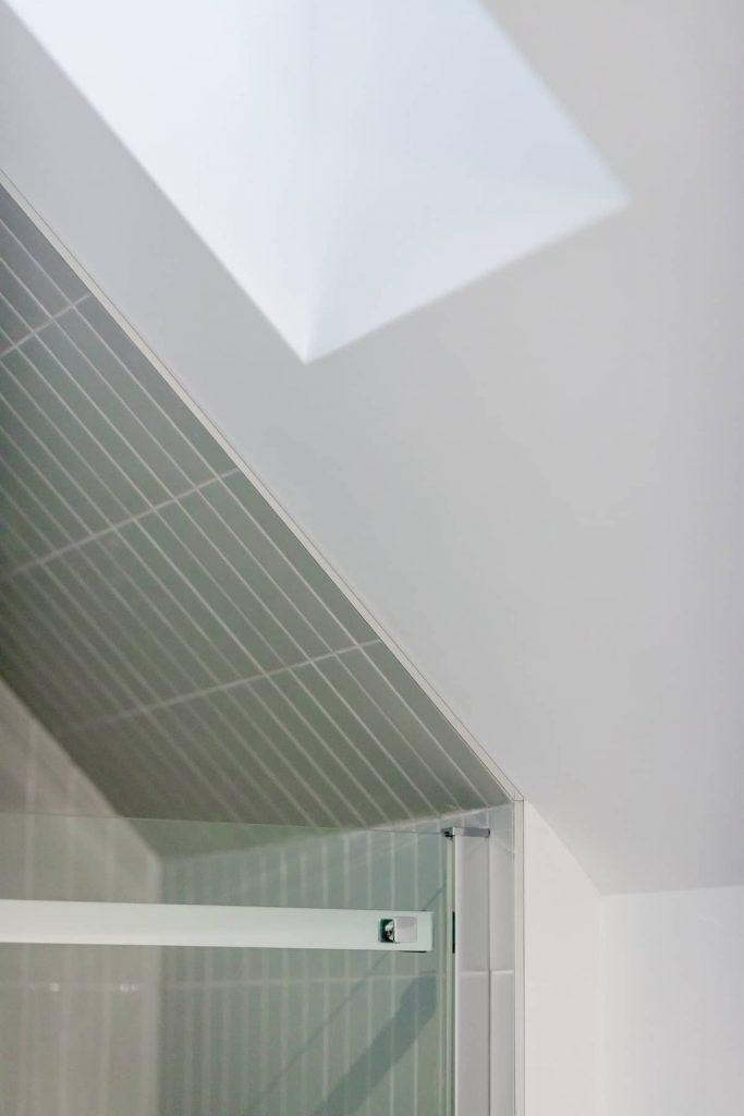 bathroom tiles 683x1024 Riptide House by RHAD Architects