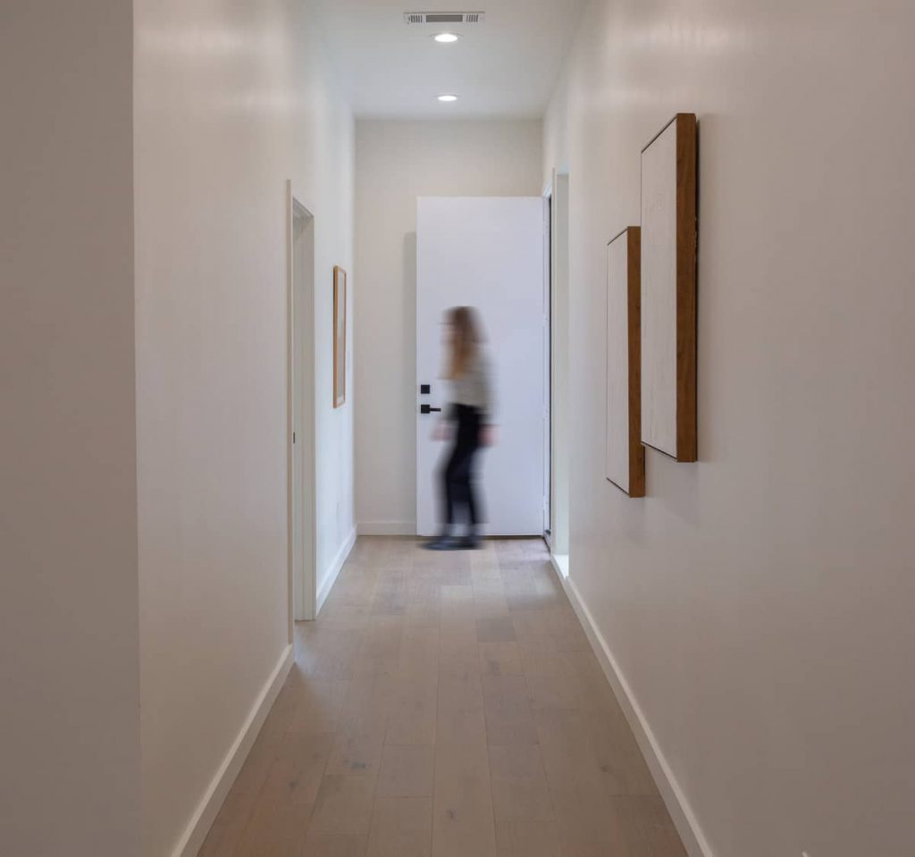 corridor 1 1024x959 An Addition to a Small 1950s Duplex by Object & Architecture