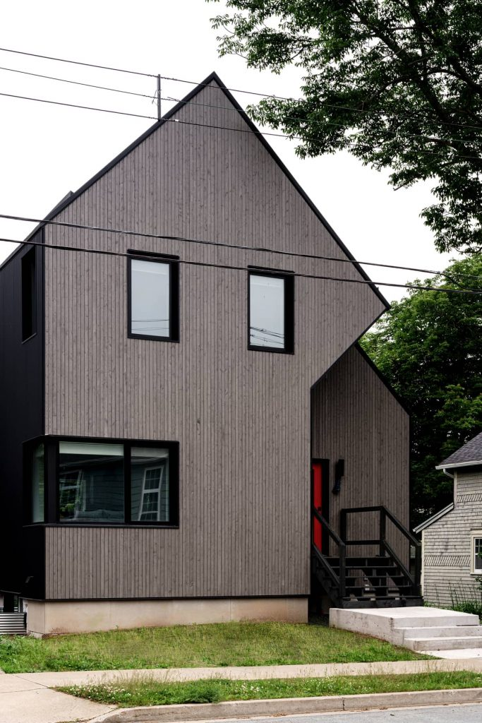 facade 683x1024 Riptide House by RHAD Architects