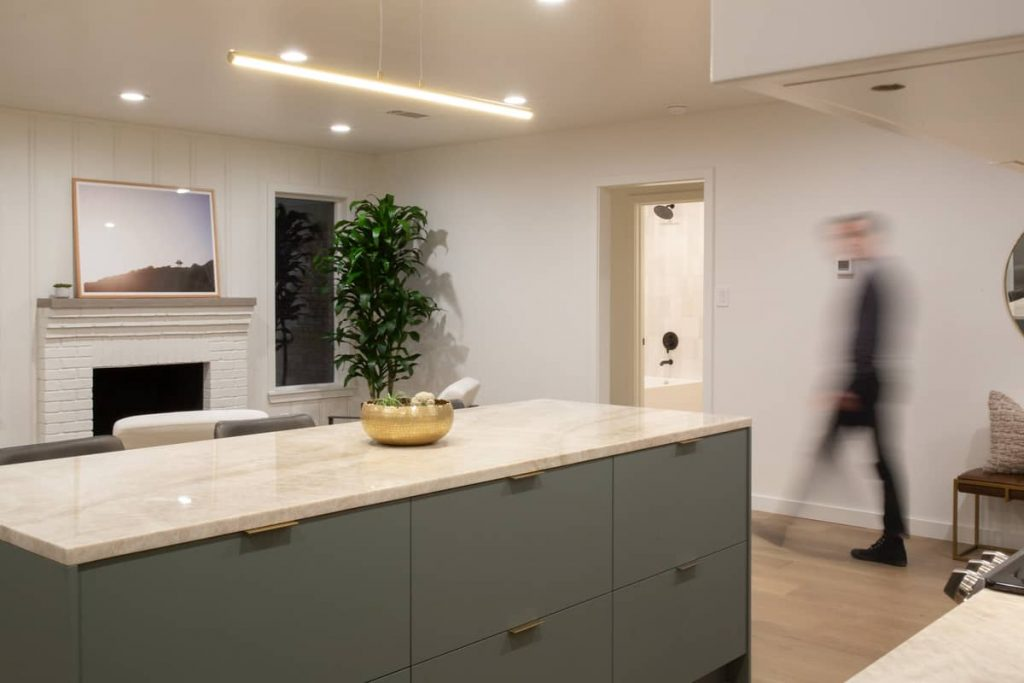 kitchen island 1024x683 An Addition to a Small 1950s Duplex by Object & Architecture