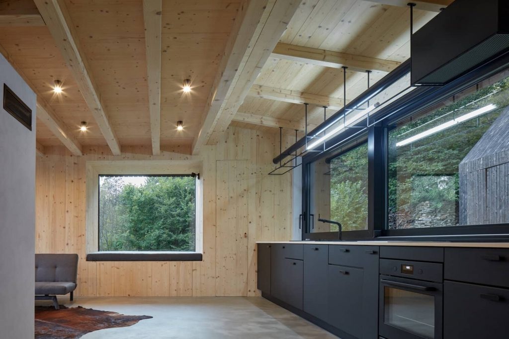 window seat 1024x683 A Cozy Cottage in the Woods by MjöLK Architects