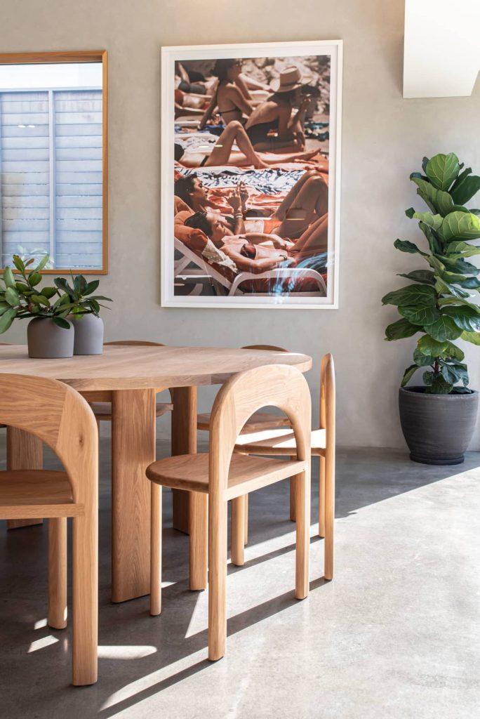 dining table and wall ar 684x1024 Sunshine Beach House by Teeland Architects