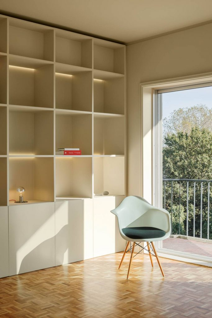 shelves 683x1024 Subtle Apartment Renovation by Costa Lima Arquitectos