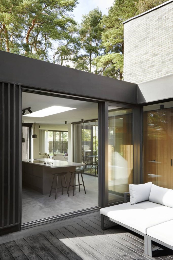 cozy courtyard 683x1024 ER Residence by McGinlay Bell Architects