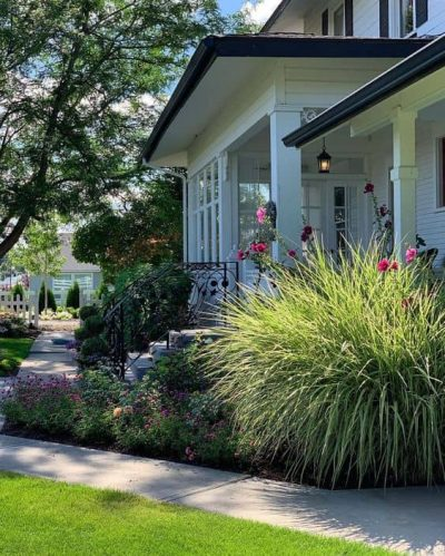 8 Landscape Ideas for Small Front Yards