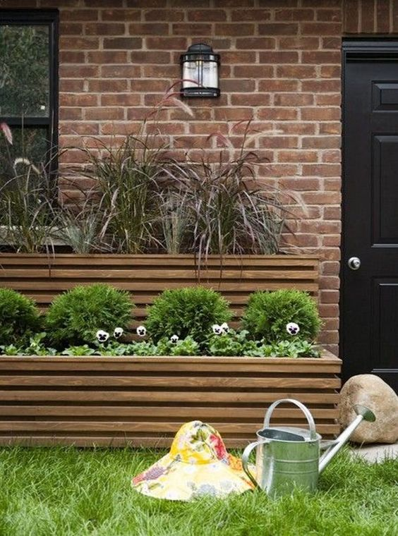 small front yard plant boxes 8 Landscape Ideas for Small Front Yards