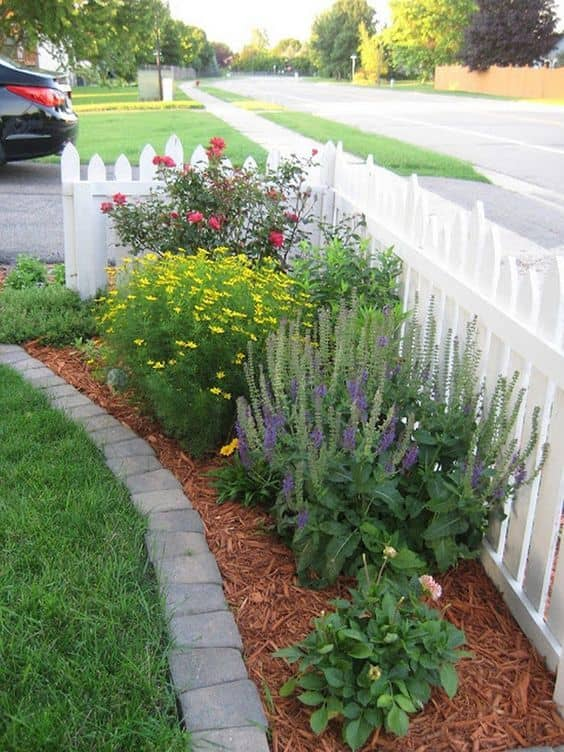 small front yard 8 Landscape Ideas for Small Front Yards