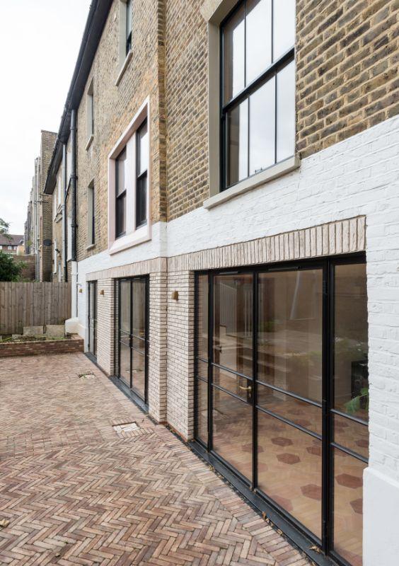 stepping into the garden Field House by Bradley Van Der Straeten Architects