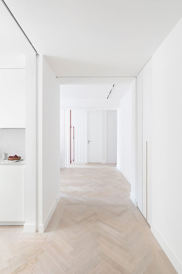 entrance hall An 80sqm Apartment Renovation by Brosh Architects