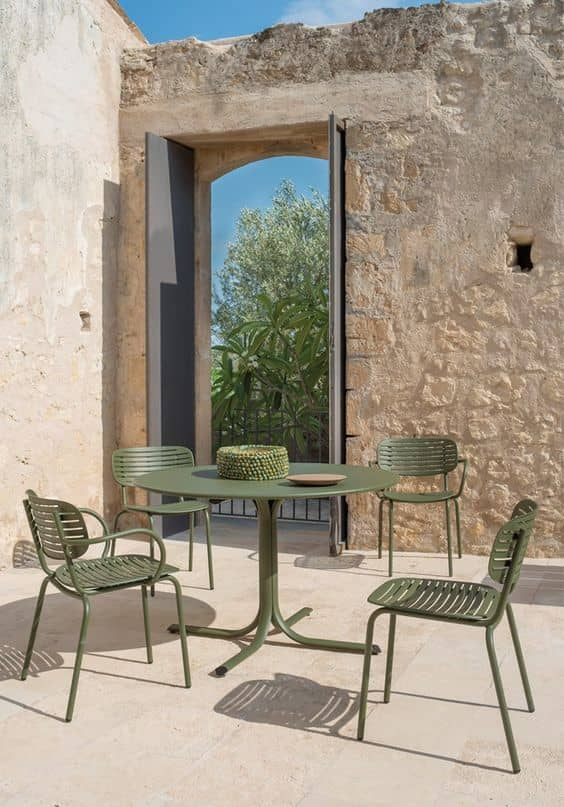 how to protect iron furniture 4 Tips To Make Your Outdoor Furniture Last Long