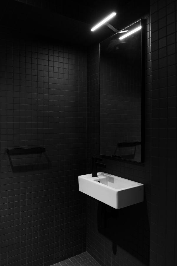powder room 95 Mackay Laneway House by Gabriel Fain Architects