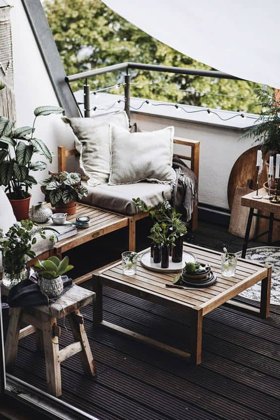 protecting wooden outdoor furniture 4 Tips To Make Your Outdoor Furniture Last Long